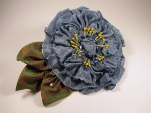 pf300-pleated-flower-williamsburg-blue-left-side-copy