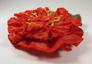 pf301-pleated-flower-coral-color-shift-flat-copy