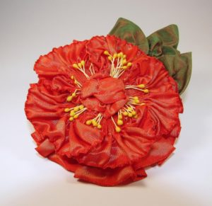 pf301-pleated-flower-coral-color-shift-right-copy